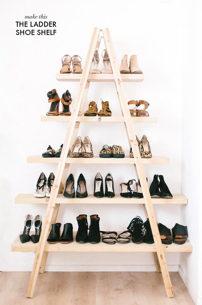 What's in My Dream Closet Space // Shoe Shelf