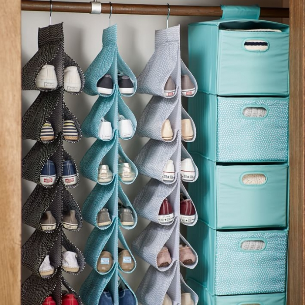 What's in My Dream Closet Space // Hanging Drawers