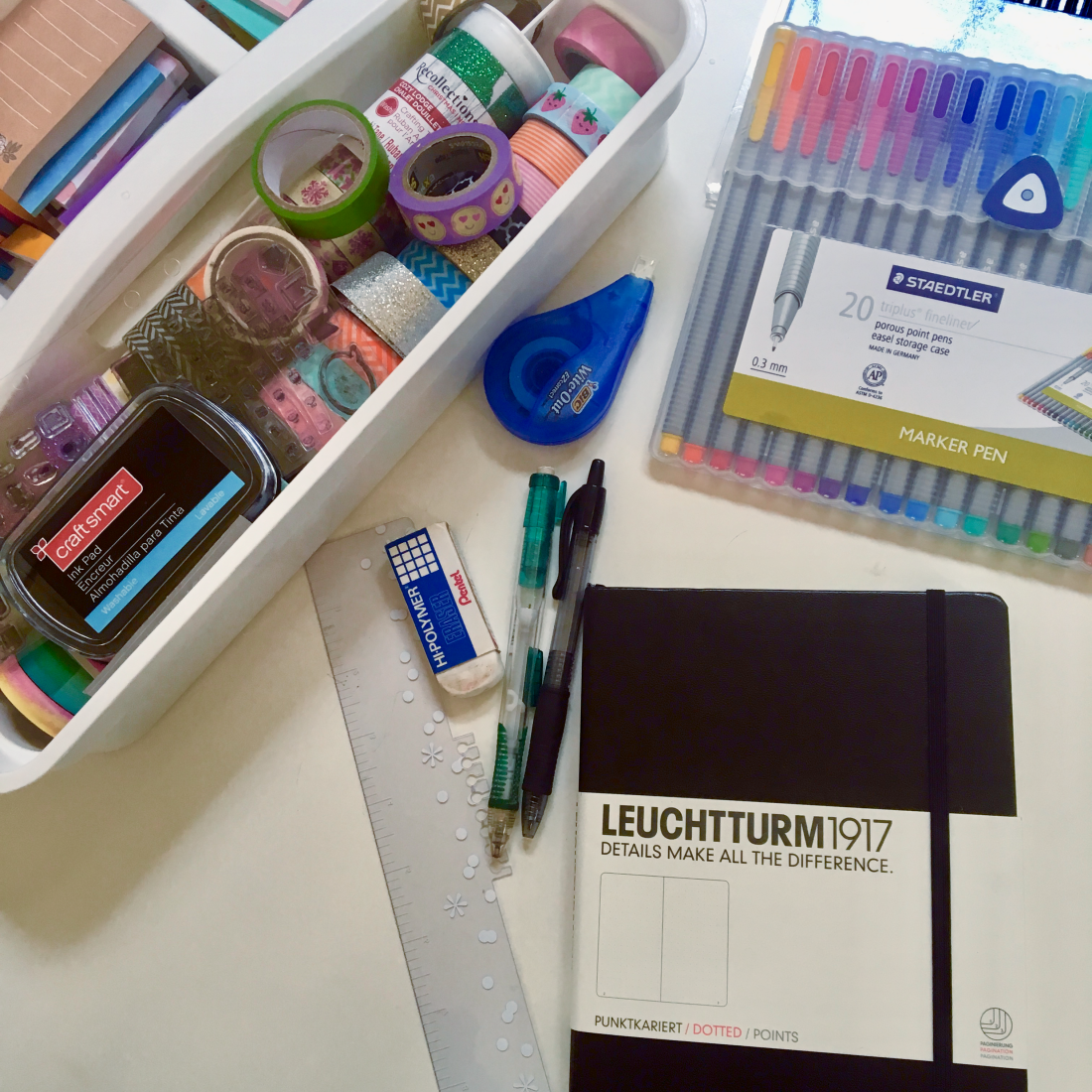 5 Healthy Ways to Manage Stress // Keep a Journal (or a Blog)