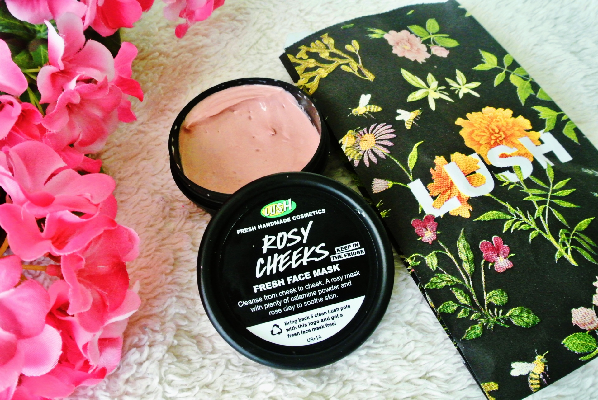 Lush Cosmetics Spring Mini-Haul // Rosy Cheeks fresh face mask